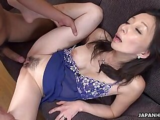 Mature slut gobbling on a pecker like a sex fiend   asian blowjob british creampie